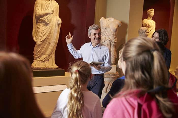 volunteering in museums